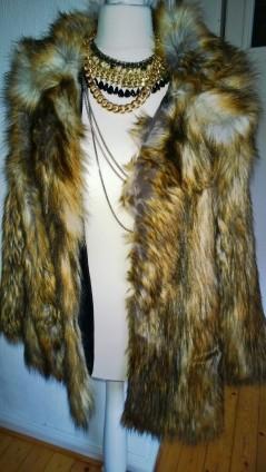 asos fake fur felljacke street style