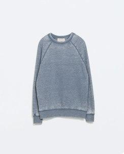 http://www.zara.com/de/de/trf/sweatshirts/d%C3%A9vor%C3%A9-sweatshirt-c669532p2284702.html