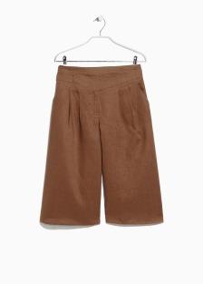 http://shop.mango.com/DE/p0/damen/artikel/hosen/capri-palazzohose-aus-leinen/?id=41077533_31&n=1&s=prendas.pantalones&ident=0__0_1428321731910&ts=1428321731910