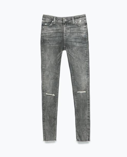 http://www.zara.com/de/de/damen/jeans/alles-anzeigen/jeanshose-skinny-fit-mit-rissen-c719019p2450045.html