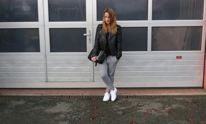 Blogger 14